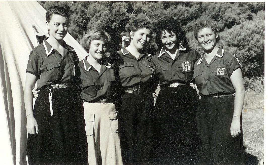 1954-'55 madrichot Glencairn L-R 2nd leika Friedman, Zeeva Gordon, Barbara Peltor & Minnie Karp